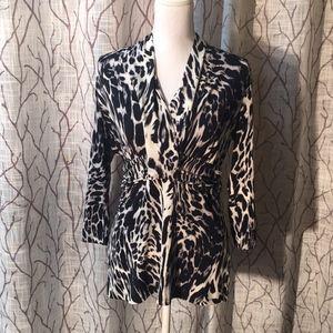 New York & Company 3/4 sleeve leopard print top